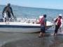 В ВКО катер с людьми на борту сломался в 15 километрах от берега